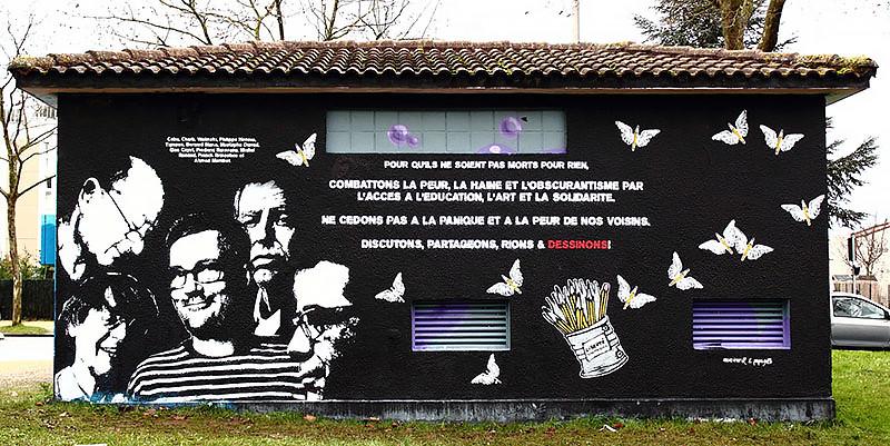 Graff à la mémoire de Charlie Hebdo