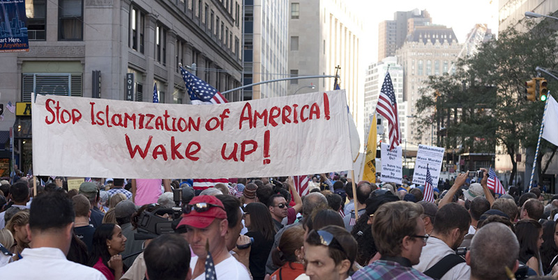 Image from an anti-Mosque Protest in New York City, September 11, 2010. Photo by Chris Rojas. Available via Flickr.
