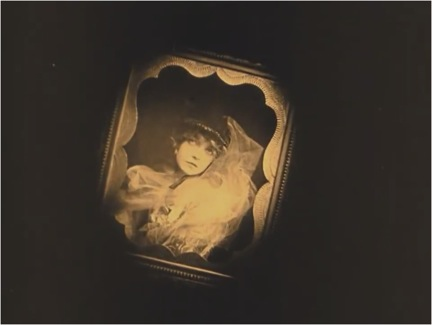 The photograph of Elsie Stoneman (Lilian Gish).