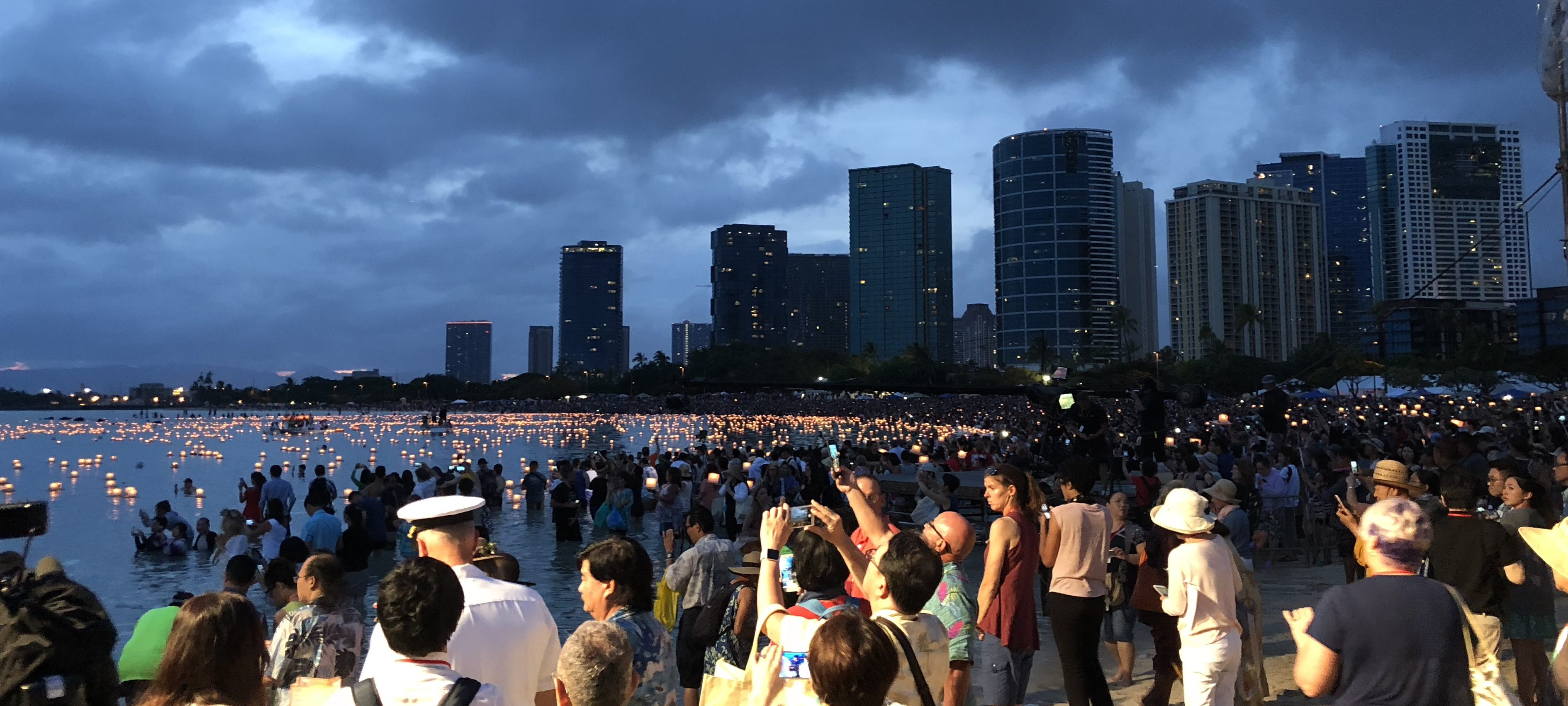 With the Dead in Paradise: American Memorial Day, Floating Lanterns, and Free-Floating Spirituality